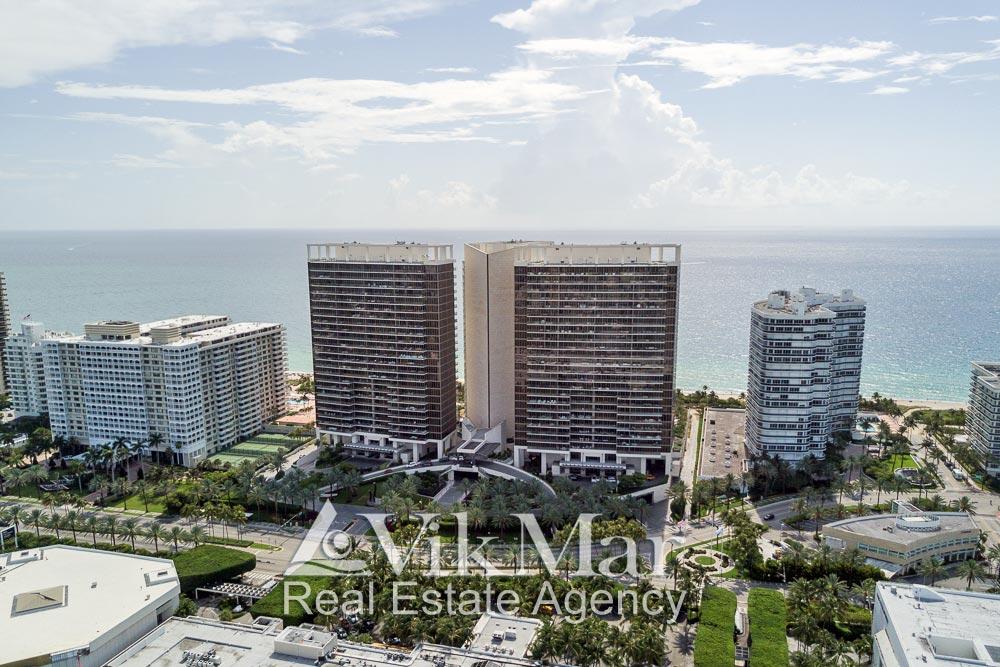 Перспектива территории и зданий комплекса «St. Regis Bal Harbour» с видом на Атлантический океан