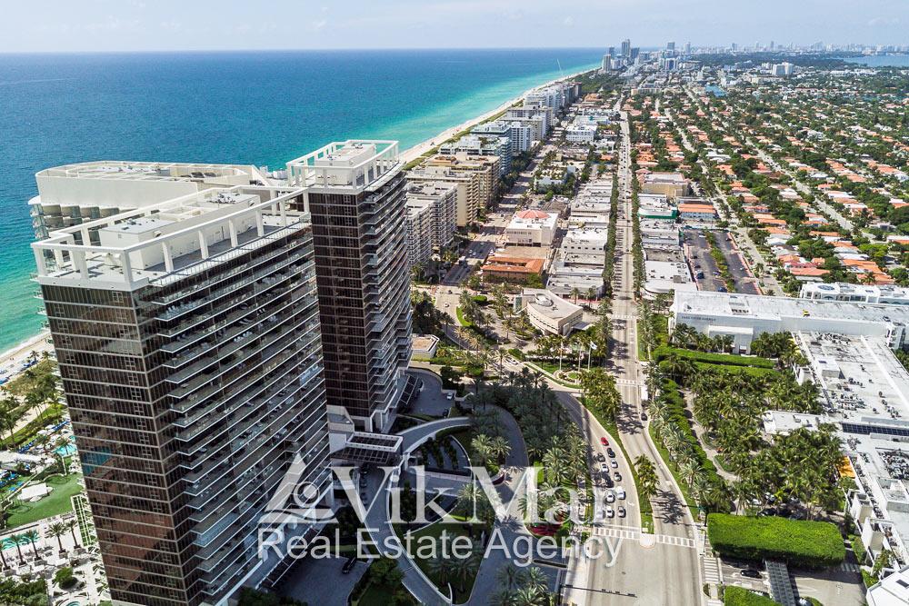 Фото перспектива застройки проспекта Коллинз Авеню (Collins Avenue) в Майами-Бич