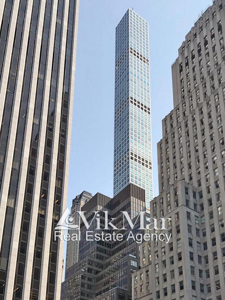 432 Park Avenue со стороны 5-й Авеню в Нью-Йорке